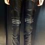 Zara: Ilyen nadrágot szerintünk nem talál a női kollekciók között. Ár: 19995 Ft