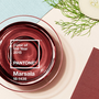 A színszabványok területén igazi szaktekintélynek tartott Pantone minden év decemberében kihirdeti a következő év vezető színét, ez most a barnásvöröses Marsala lett.